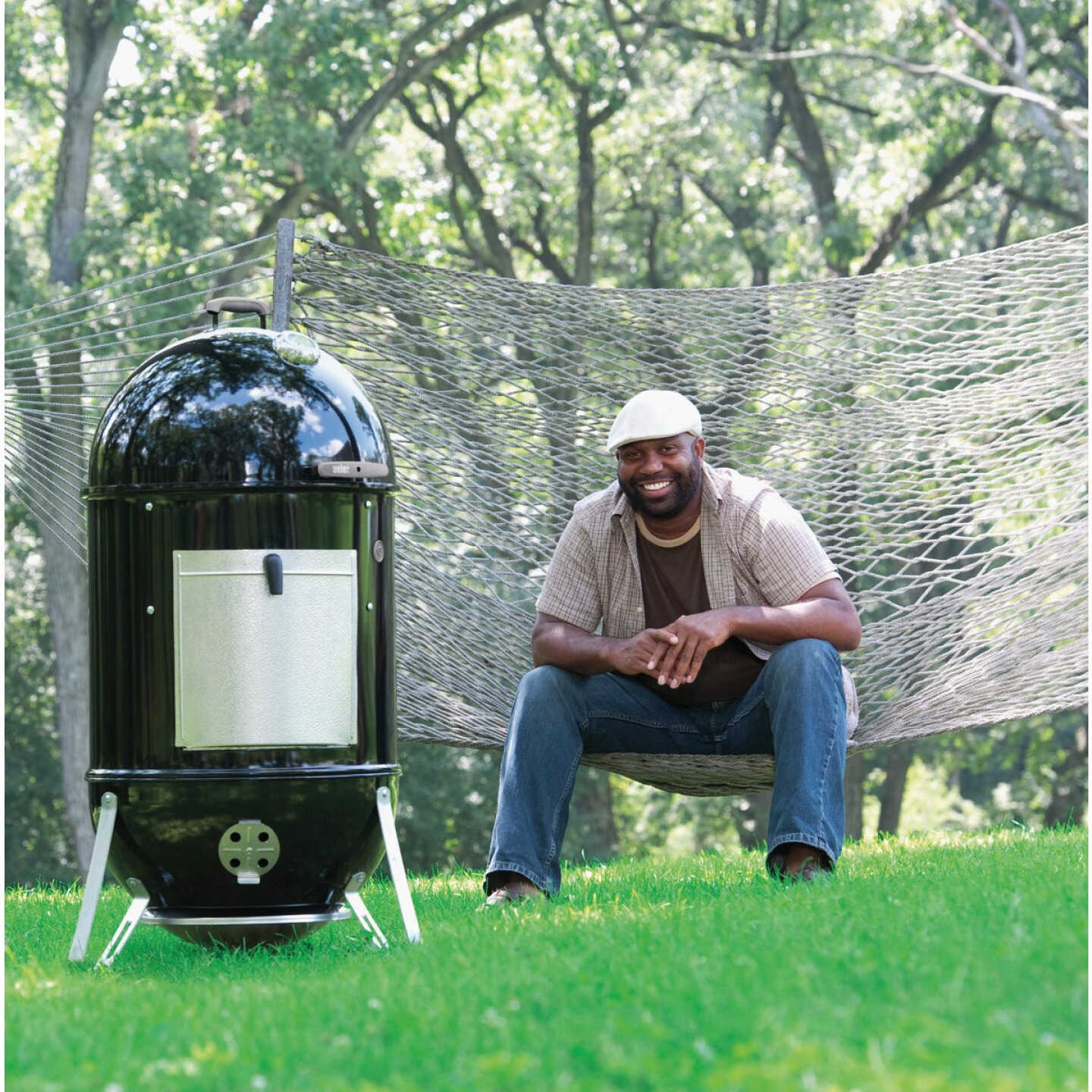 Weber Smokey Mountain Cooker 22 In. Dia. 726 Sq. In. Vertical Charcoal Smoker Image 8